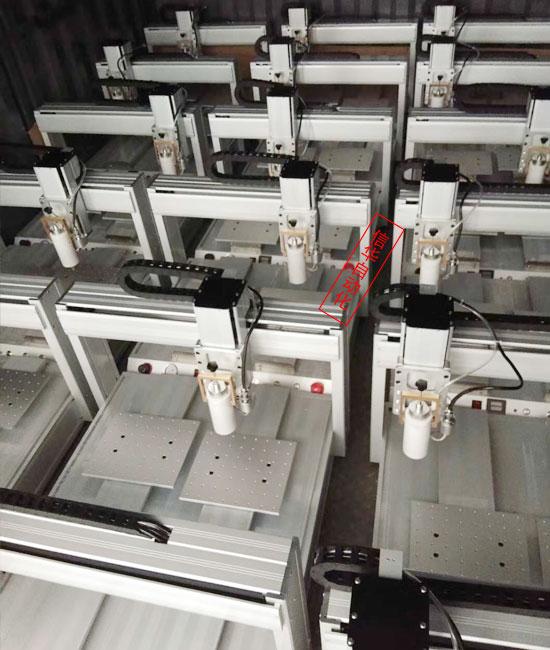 信华热熔胶点胶机批量生产